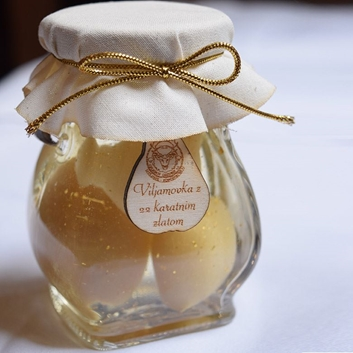 Picture of PEARS IN PEAR BRANDY WITH 22-CARAT GOLD